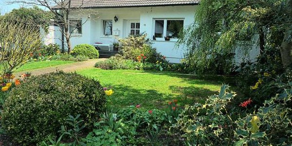 Provisionsfrei – Refugium, freistehendes Landhaus mit gepflegtem Ambiente in Bad Münstereifel