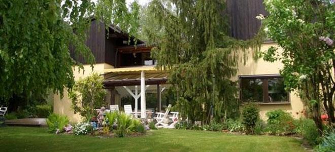 Eching am Ammersee: Exklusives freistehendes Einfamilienhaus, viel Platz, Sonnengarten, top Lage
